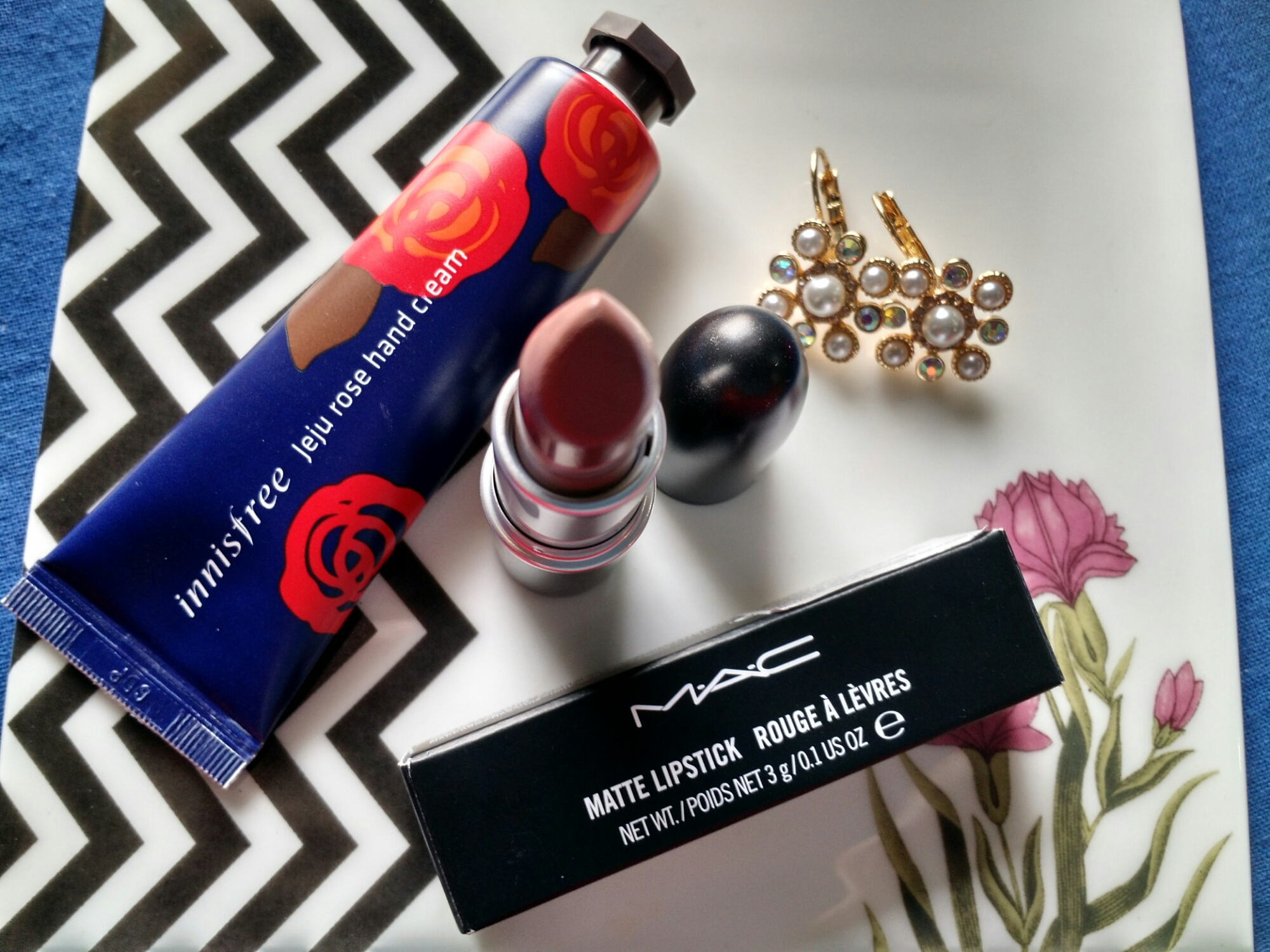 MAC Matte Lipstick Styled in Sepia - Review, Swatch, FOTD ...