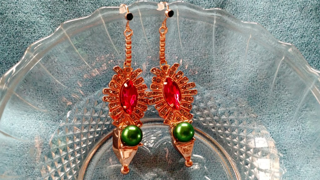 MAWI X KOOVS Pyramid Pearl Droplet Earrings