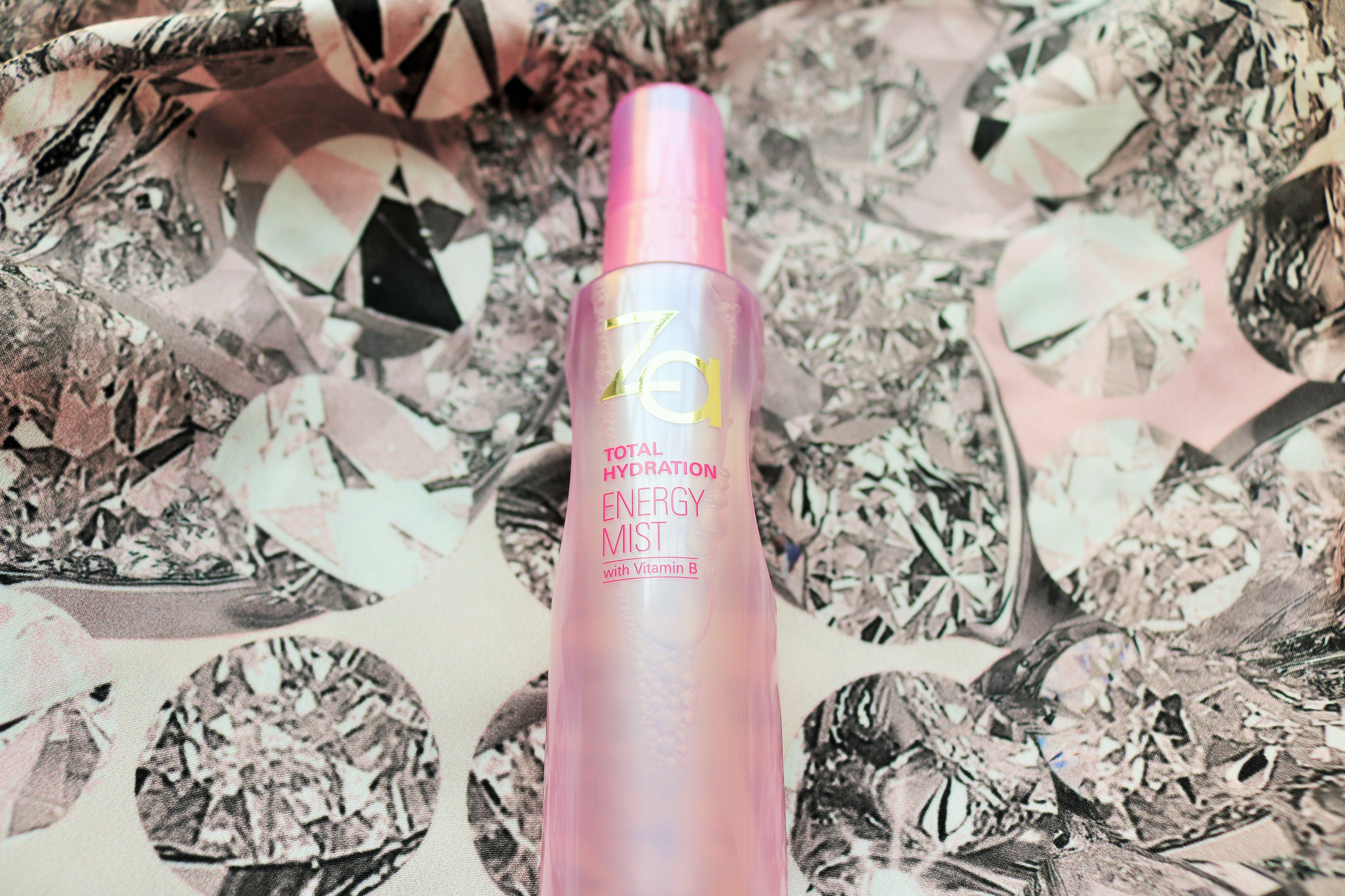 Za Total Hydration Energy Mist