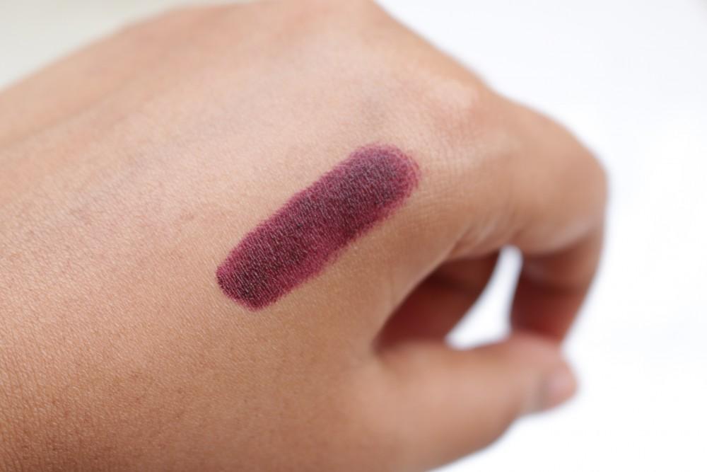 MAC Viva Glam Ariana Grande Lipstick Swatch