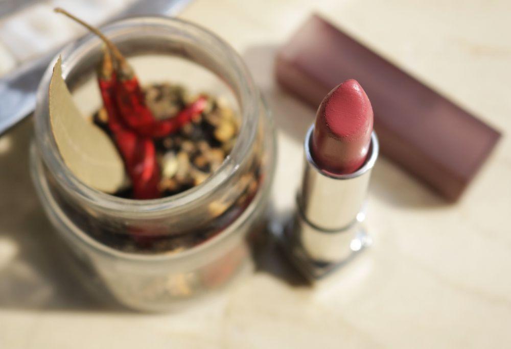 Maybelline Creamy Matte Lipstick Touch of Spice