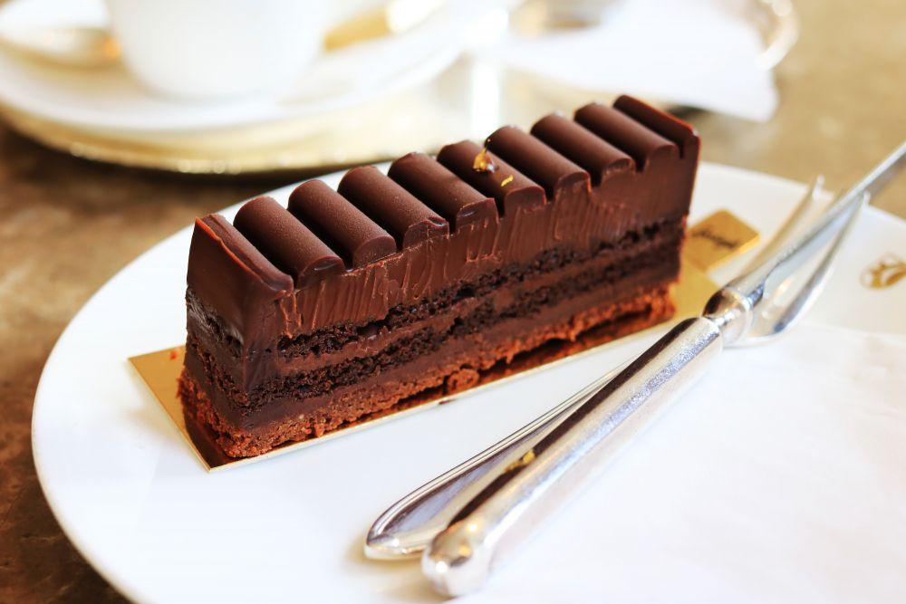 Chocolate_Truffle_Cake_Sprungli